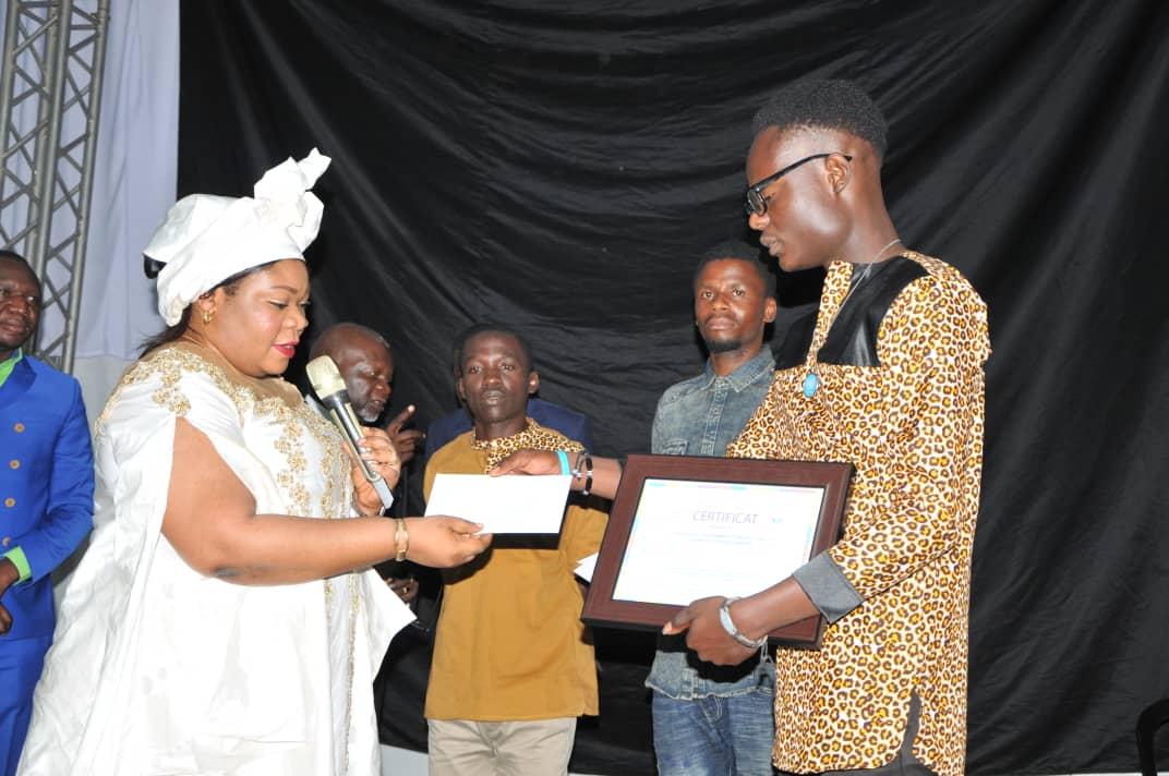 Culture-FRANCOPHONIE/ Lubumbashi : La Maire adjointe prime les gagnants du concours de danse et Slam.