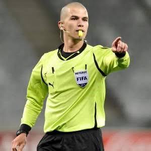 Sport-CAF LDC/ Mazembe-Espérance de Tunis : Victor GOMES au sifflet.