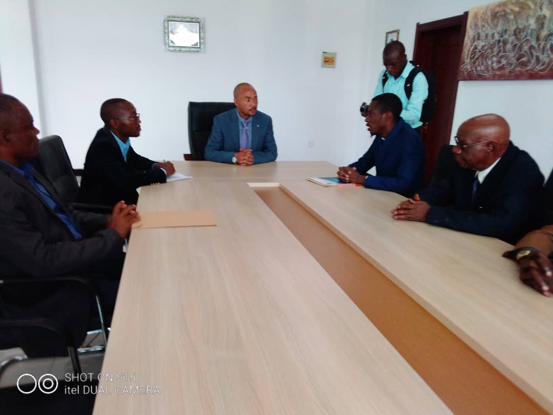 Basket-ball/Lubumbashi : Le comité Kapend face au ministre provincial Aerts KAYUMBA.