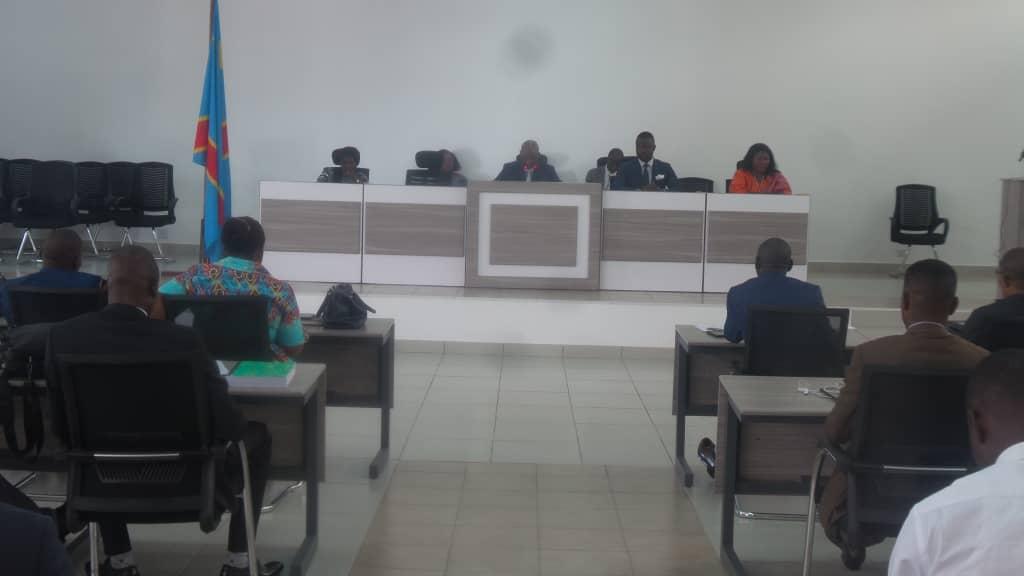 TANGANYIKA/Assemblée provinciale : Budget «dérisoire», le rapporteur redoute la déstabilisation de l'indépendance des députés.