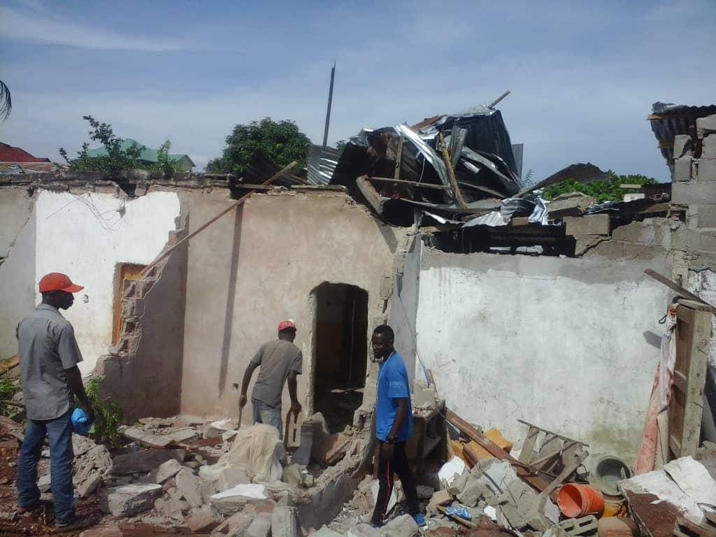 KALEMIE : Lancement de la démolition des constructions anarchiques, un effet d'électrochoc chez les perdants.