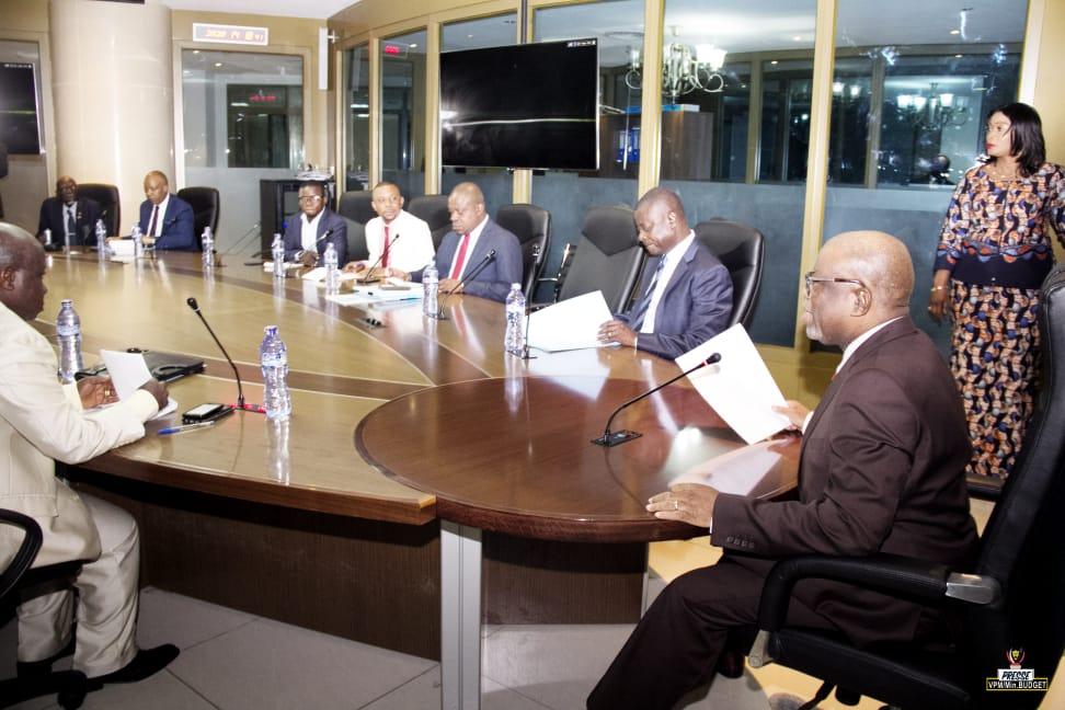 Ministère de Budget / Plan de Trésorerie du Premier trimestre 2020 : Le VPM Jean-Baudouin Mayo prend des résolutions dans le cadre de l'exécution de la loi de Finances en cours.