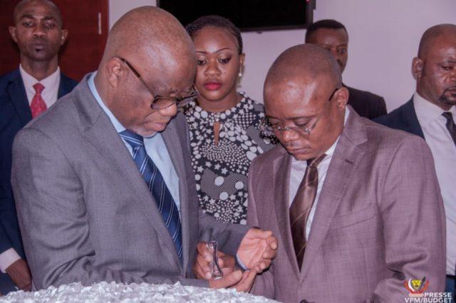 Ministère de budget /Paie de nouvelles unités : Coup de chapeau au gouvernement Ilunkamba, la situation évolue positivement.
