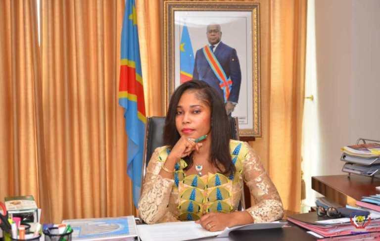 Coronavirus/Gouvernement Ilunkamba : La ministre de l'économie Acacia Bandubola contrôlée positive.