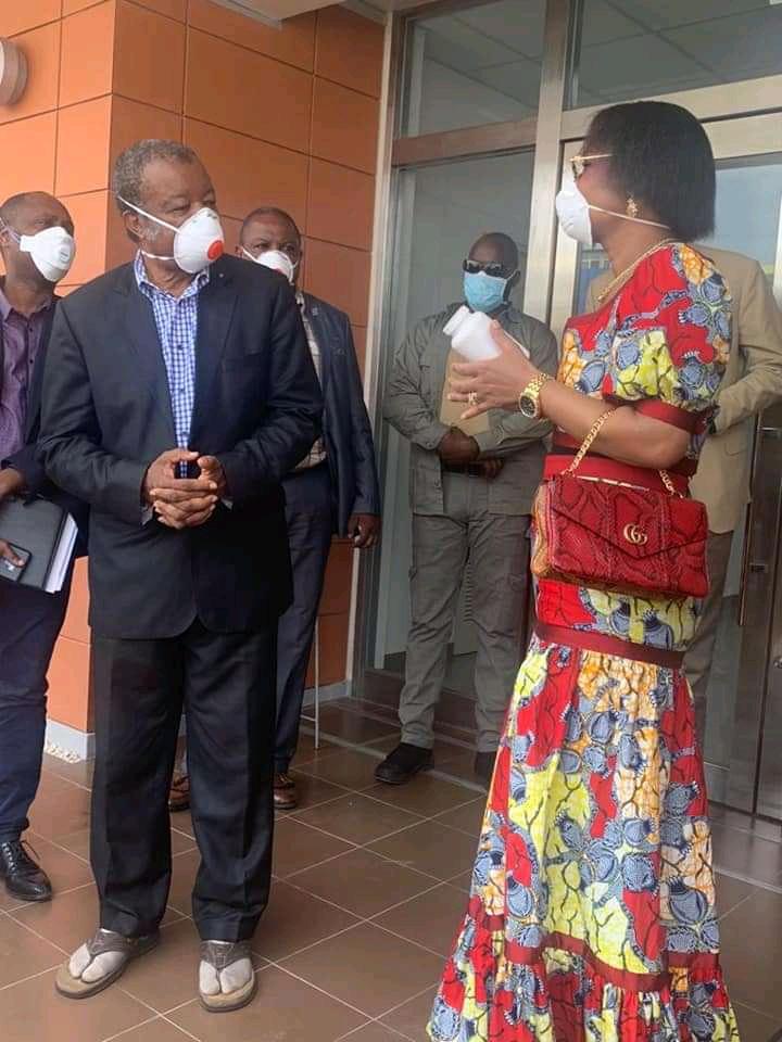 Lutte contre COVID-19 : Olive Lembe Kabila vient à la rescousse de l'INRB pour combattre la pandémie.