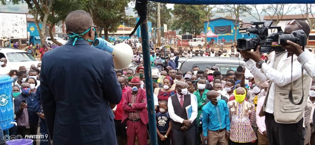 Lutte contre Coronavirus/SUD-KIVU : Remise des kits de protection dans les 3 Communes de Bukavu.