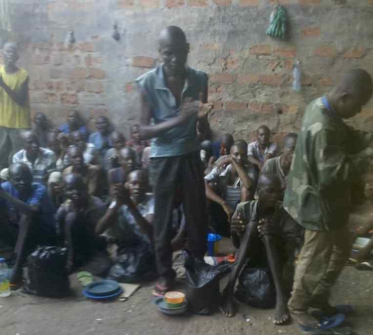 Lutte contre Conoravirus/ Lomami : La prison centrale de Mwene-Ditu désinfectée.