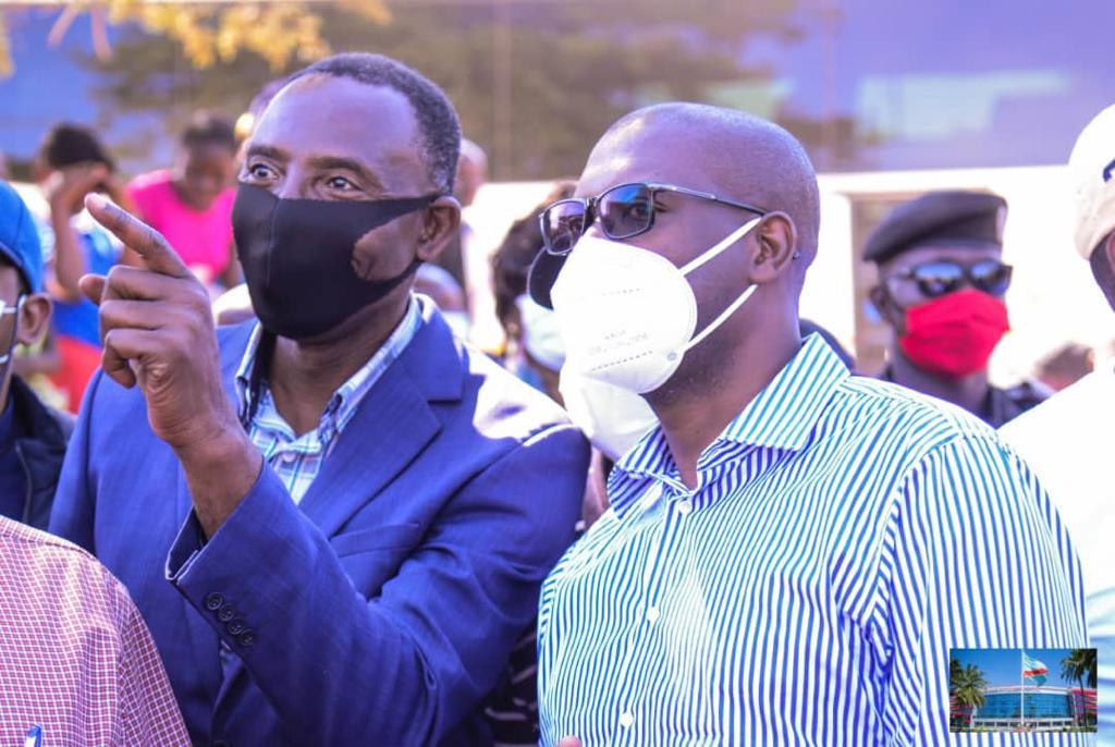 Haut-Katanga/L'an 1 de Jacques Kyabula : Les députés de la province toutes tendances confondues lui donnent une mention spéciale.