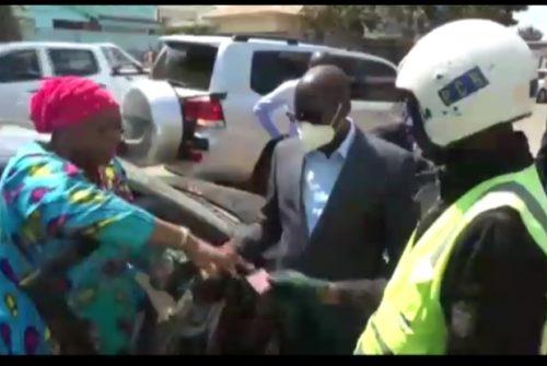 Lubumbashi : En toute impartialité, Jacques Kyabula tranche en faveur d'une automobiliste en ordre arrêtée sans cause par la PCR.
