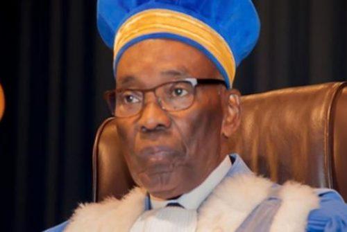 Cour constitutionnelle : La démission du Président Benoît LWAMBA BINDU confirmée.