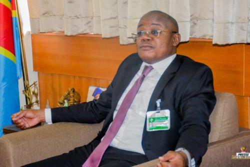 .Ministère du budget/ Paie des arriérés des émoluments : Le Professeur Félix Momat répond positivement aux attentes des députés provinciaux de la premiere législature .