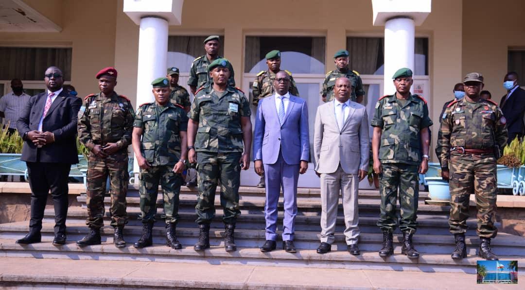 Haut-Katanga : Le Général Smith Gihanga, nouveau commandant des FARDC, présente ses civilités au gouverneur Kyabula