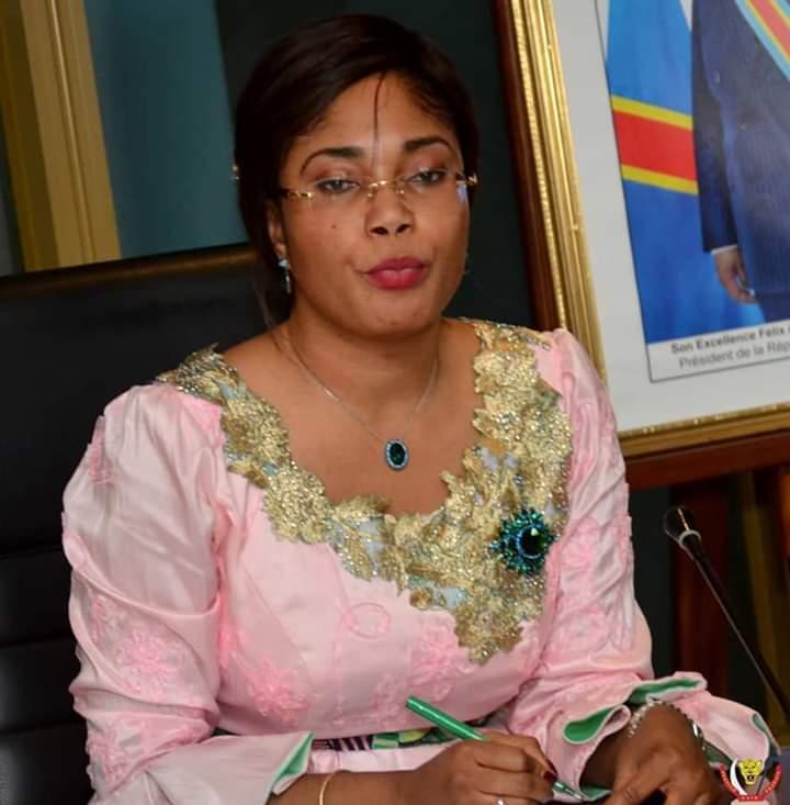 Ministère de l'économie : Acacia Bandubola présente son plan de stabilisation de prix des produits sur le marché conseil des ministres.