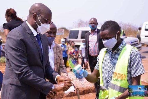 Haut-Katanga/Likasi : Jacques Kyabula en visite d'inspection des travaux de réhabilitation de la voirie.