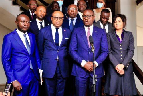 """KINSHASA : APRES SA TOURNÉE NATIONALE, LE """"GROUPE DE 13 PARLEMENTAIRES"""" DEPOSE SON RAPPORT AU CHEF DE L'ETAT."""