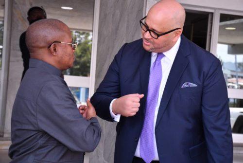 Vice-primature du budget/ Nord-Kivu : Échanges entre le Vice-ministre du budget et le Directeur provincial de la Banque Centrale du Congo.