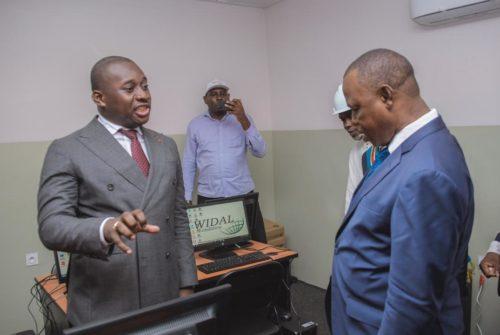 Tshuapa : Le sénateur Guy Loando Mboyo effectue une visite de réconfort à sa base.