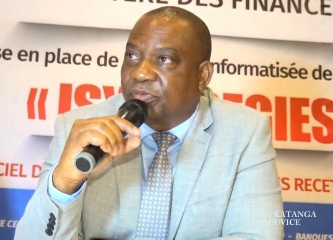 Haut-Katanga/Sensibilisation sur la nouvelle loi sur la passation des marchés publics : La délégation de l'autorité de régulation des marchés  publics reçue par Jacques Kyabula.