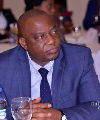 Haut-Katanga : Le vice-gouverneur KAMFWA en séance de travail avec la délégation buluba ibukata.