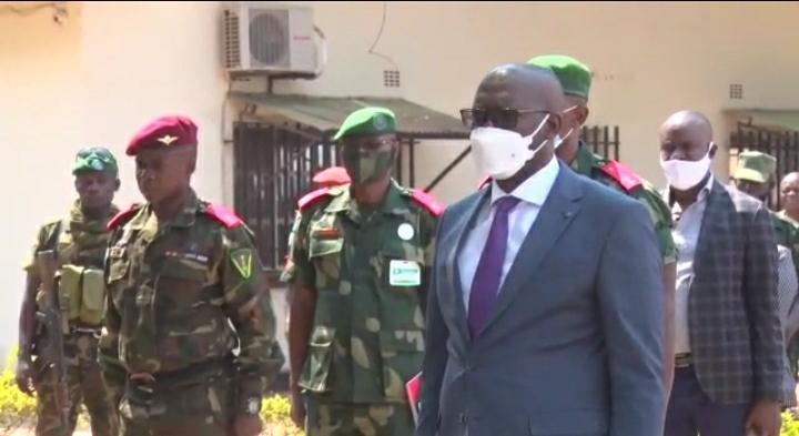 """Lubumbashi/ Opération """"Zéro Insécurité"""" : 11 criminels armés aux arrêts présentés à Jacques Kyabula."""