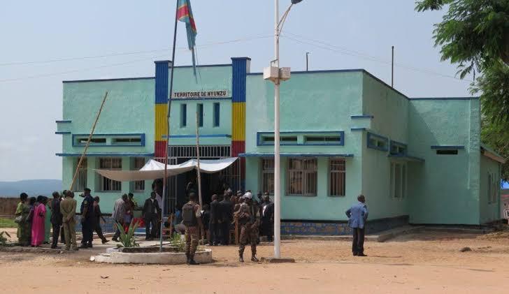 Tanganyika/ Manono : Deux morts sur place dans un accident de véhicule sur une route très reliefiée.